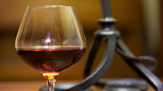 glass_of_port_41689