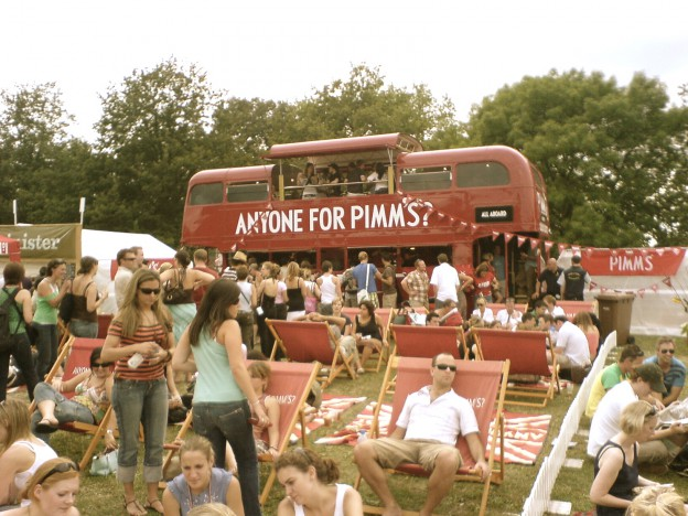Pimm's_Routemaster_bus